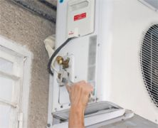 Air Conditioning World: Help with navigating the qualifications minefield