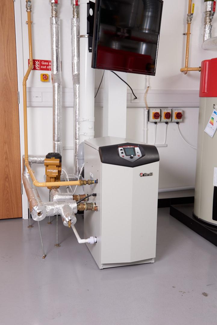 Herald Floor standing commercial boilers HVR Product information